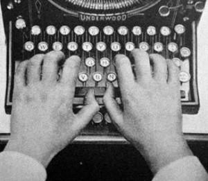 Underwood Schreibmaschine Public Domain Das Original findet sich hier.